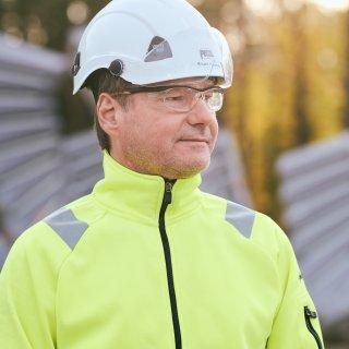 Mikael Norgren är fabrikschefvid Strängbetongs produktion i Norberg.